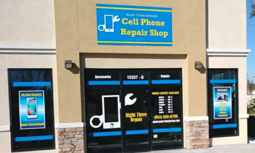 Customer Spotlight: Storefront Window Graphics for Right There Repair